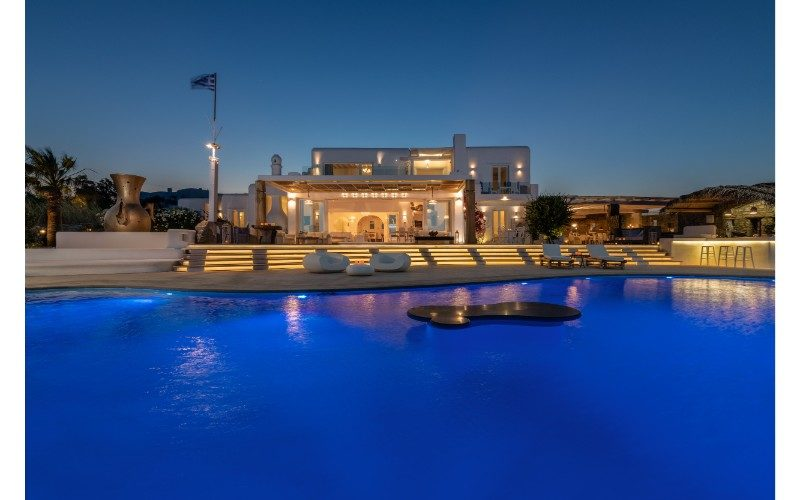 Villa, House, Home, Luxury, Family, Party, Beach, Pool, Holiday, Mykonos, France, Spain, Cannes, Cote D Azur, Marbella, Ibiza, Capri, St Tropez, Santorini, Italy, Greece, villas, holidays, rentals